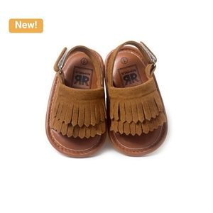 Other - Chic Set of Baby Girl Shoes